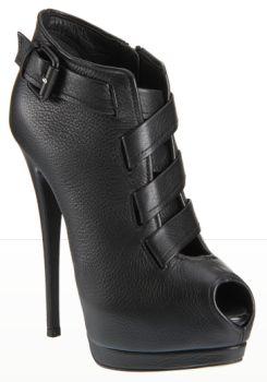 Platform boot heels