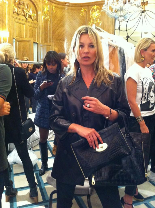 Kate Moss holds Mulberry's Spring/Summer 2013 Willow Bag