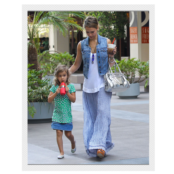 Jessica Alba's Effortless California Chic Street Style