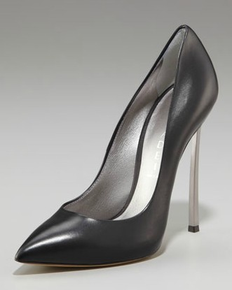 Casadei_Pointed_Toe_Pump