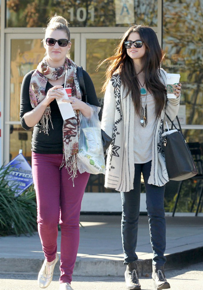 selena_gomez_Jeffery_Campbell_Frontier_boots