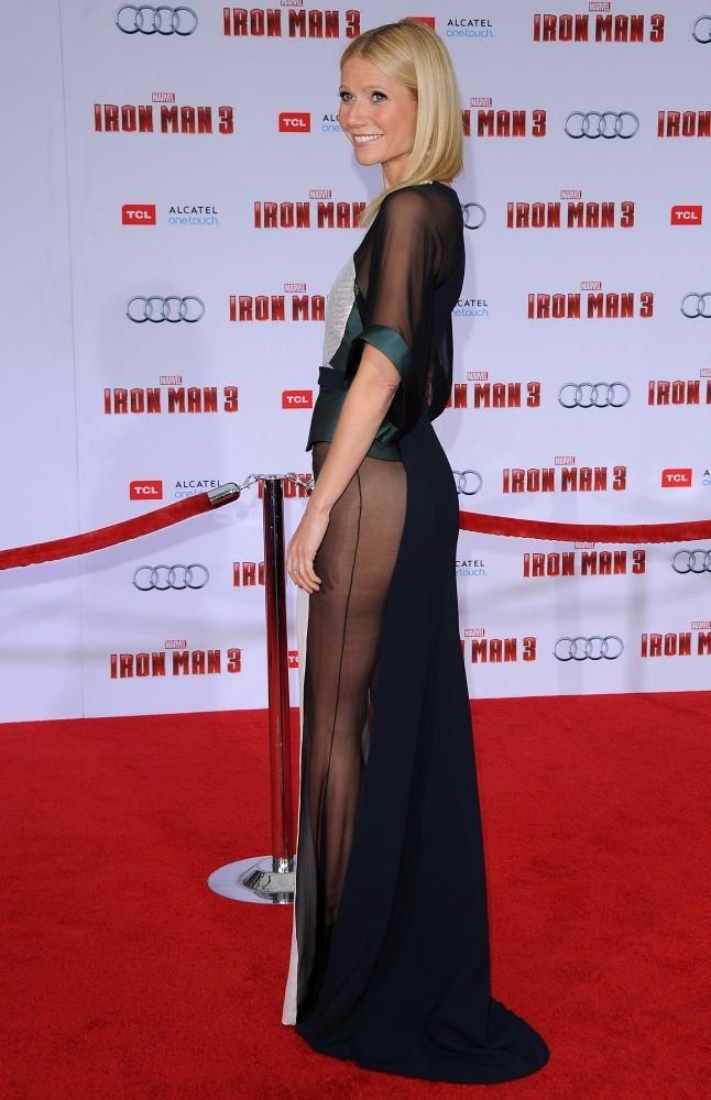 Gwyneth+Paltrow+Arrivals+Iron+Man+3+Premiere+BW_Goaa1TbCx