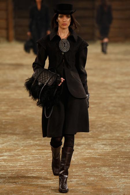 Chanel Métiers d'Art 2013/14 Paris – Dallas