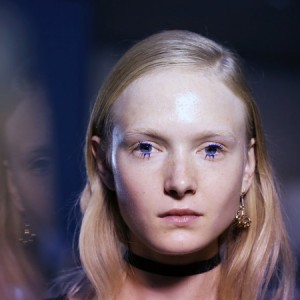 Grunge-Inspired Eye Makeup at Fashion Month: Lashing Out