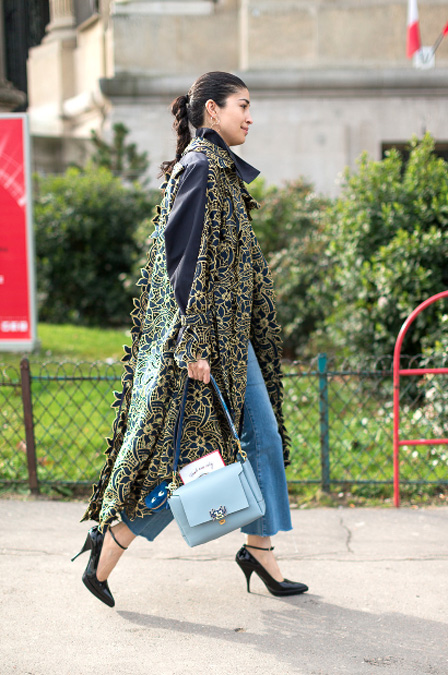 CarolineIssa_ParisFashionWeek_StreetStyle_Fendi_bag