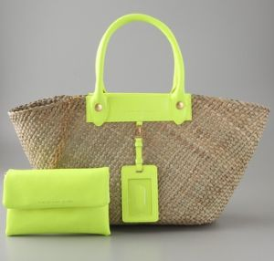 Marc_jacobs_preppy_straw_rosa_tote1.jpg