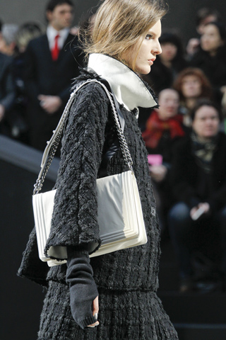chanel_fall_2011_bag1.jpg