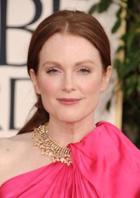 julianne_moore_beauty.jpg