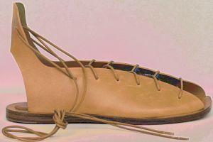 kate_bosworth_celine_sandals.jpg