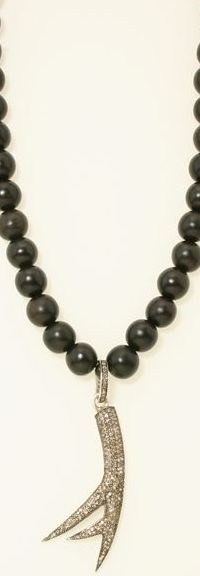 necklace_h02_200_2.jpg
