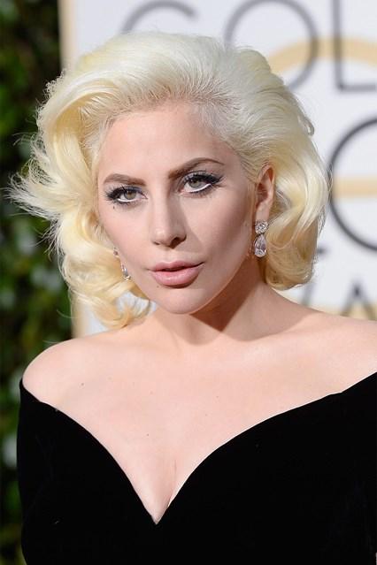 Lady-Gaga-beauty-Glamour-10Jan15-Getty_b_426x639