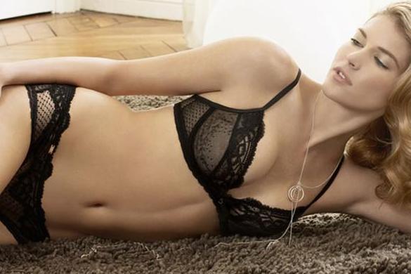 Stephanie Seymour Sexy In Chantelle Snob Essentials