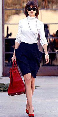 d4ab1a987896 Frugal Snob Fashion  KATIE HOLMES   The Structured Bag - Snob Essentials