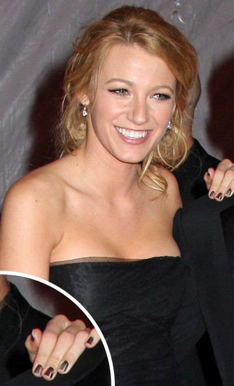 blakelively-minxnails.jpg