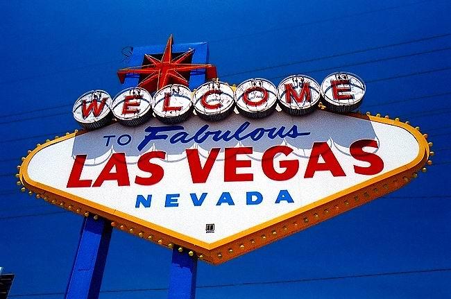 BB-NV-Las_Vegas-Fabulous_Las_Vegas_Sign.jpg