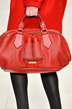 Burberry_rtw_fall_2011_2.png