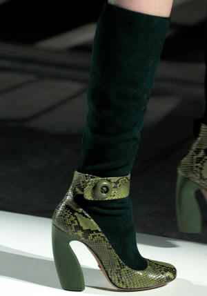 Prada_shoe_fall2011_5.png