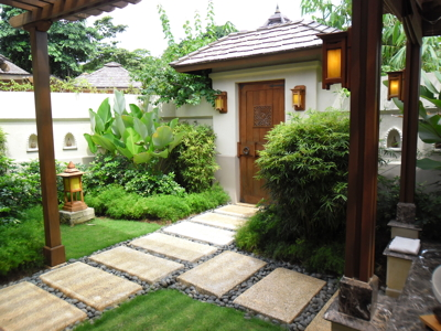 boracay_shangrilaspa_courtyard.jpg