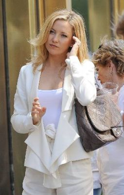 7863b9135604 Chanel Light Grey Quilted Caviar Jumbo Classic Double Flap Bag Source ·  Kate Hudson in Chanel Grey Quilted Bag Snob Essentials