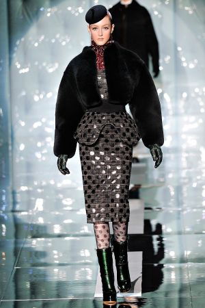marc_jacobs_fall_rtw_2011_4.jpg