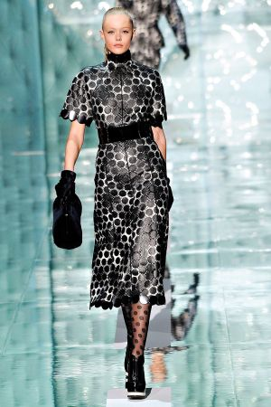 marc_jacobs_fall_rtw_2011_5.jpg