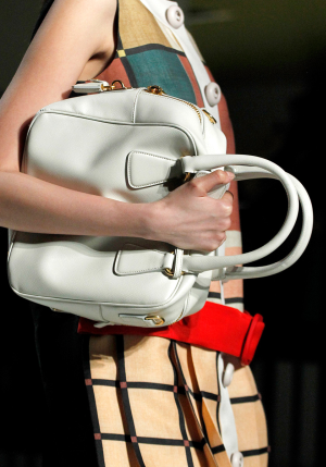 prada_bag_fall2011_5.png